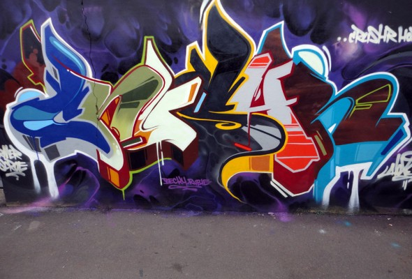 hoxe-can-crushr-graffiti-art